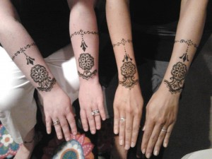 henna designs for your bridal attendants